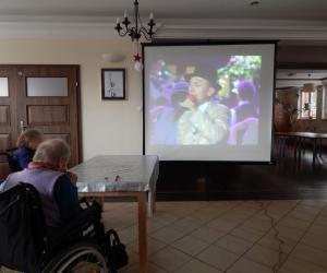Biesiada muzyczna w Domu Pomocy Społecznej MBNP