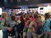 Na niepogodę seans kinowy dla dzieci ze Świetlicy Dzieciątka Jezus