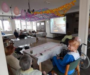 Spotkanie filmowe w Domu Pomocy Społecznej MBNP