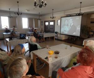 Spotkanie filmowo muzyczne dla Seniorów w Domu Pomocy Społecznej MBNP