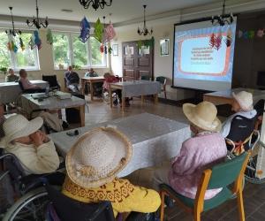 Spotkanie filmowo-muzyczne w Domu Pomocy Społecznej