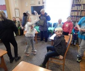 Spotkanie integracyjne seniorów z dziećmi ze Świetlicy Dzieciątka Jezus