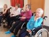 Wizyta dzieci ze SP nr 1 z piosenkami patriotycznymi u Seniorów w Domu Pomocy Społecznej MBNP
