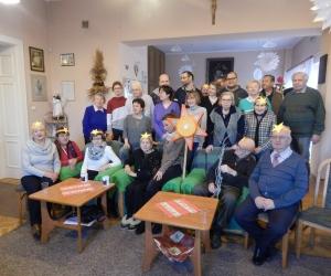 Wspólne kolędowanie Seniorów w Domu Dziennego Pobytu z młodzieżą z WTZ Jesteś Potrzebny