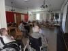 Wspólne śpiewanie i przeboje Ireny Santor w Domu Pomocy Społecznej MBNP